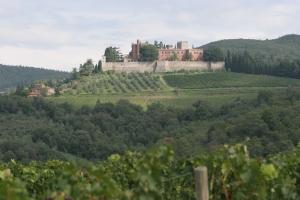 Adsi_Castello di Brolio e casa del Fattoio
