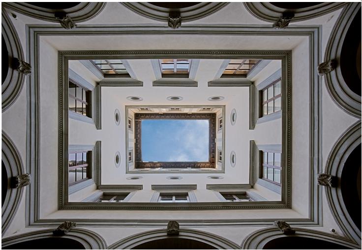 ADSI.Firenze_Palazzo Gondi_cortile