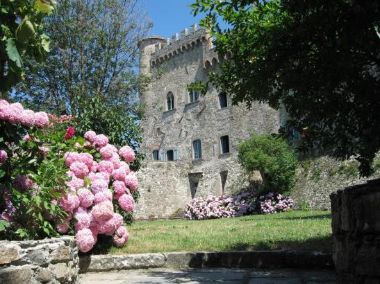 ADSI.Lunigiana e Pontremoli.Castello Malaspina, Giardino delle Ortensie