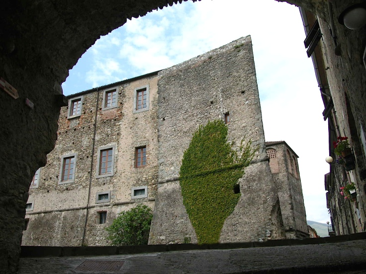 Castello Malaspina di Terrarossa.JPG